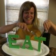 Lisa R Eat